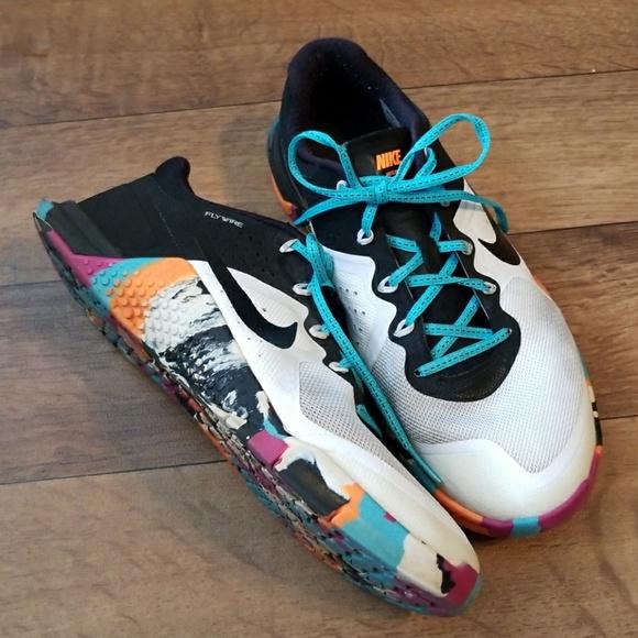 Nike Shoes | Nike Metcon 2 Sneakers